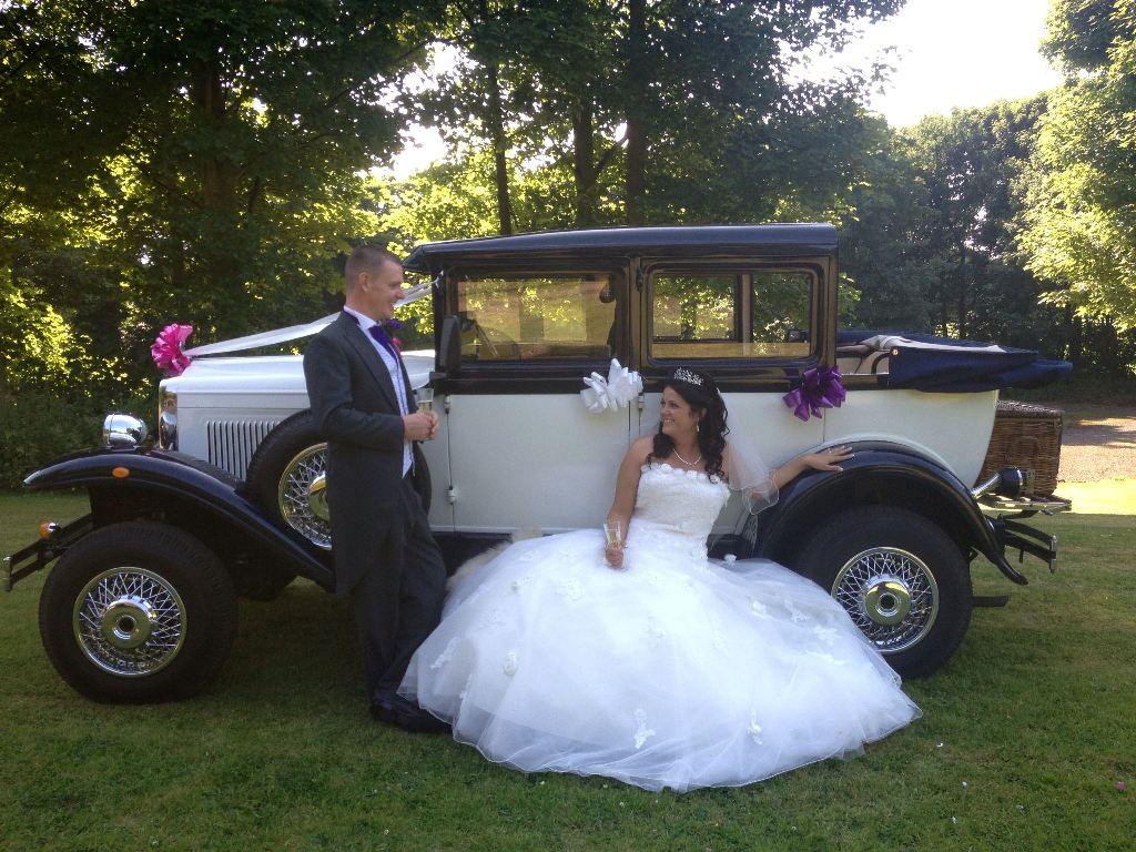 Vintage Car Hire Badsworth Wedding Car In Mansfield